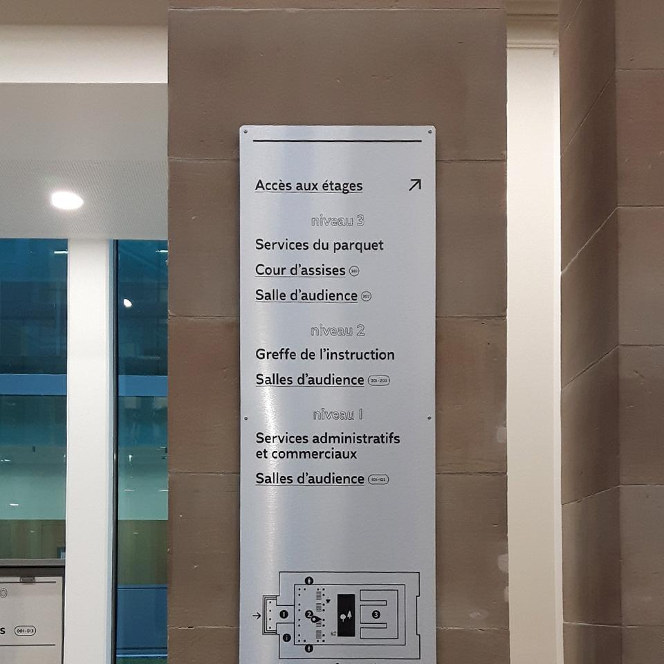 APIJ Indoor Signage panel for Courthouse by Visotec