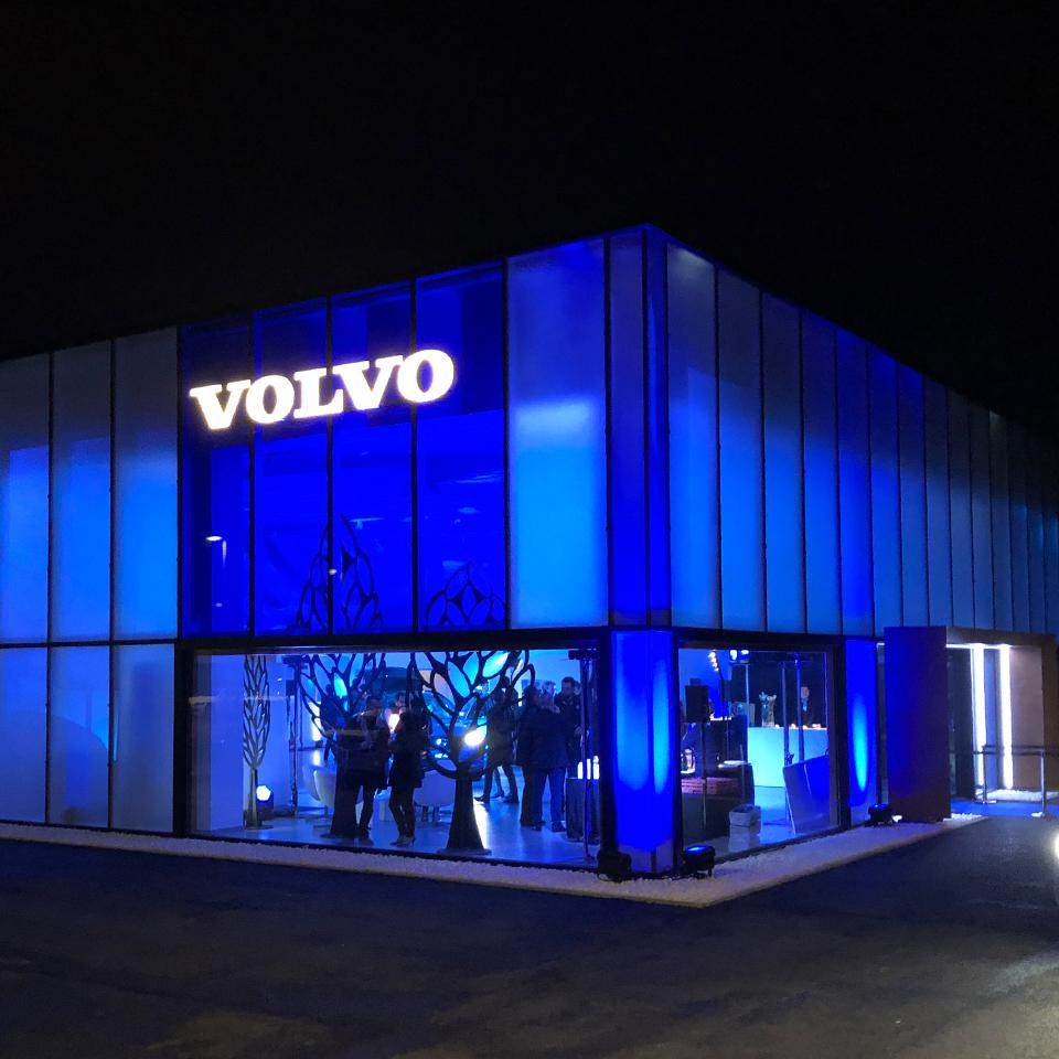 New Volvo Retail Experience image deployed by Visotec